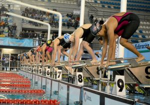 CODE Jalisco continúa competencia de natación a pesar de intoxicaciones