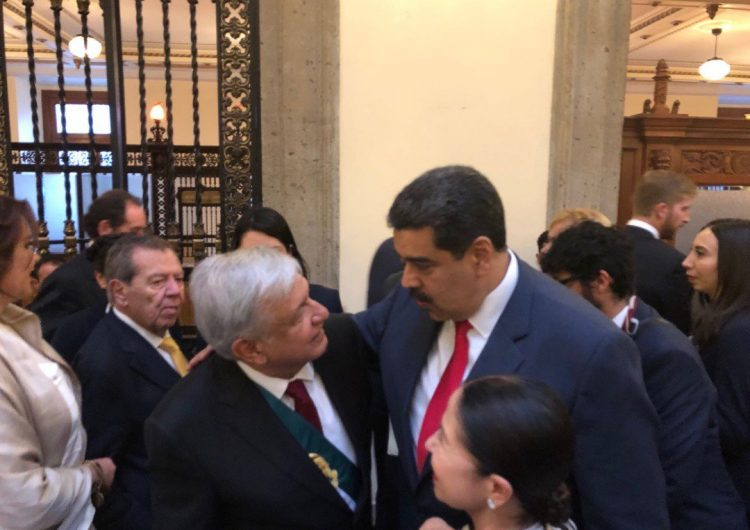 venezuela-maduro-mexico-apoteosico