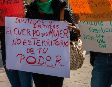 Debaten diputados y activistas en Aguascalientes reforma anti aborto