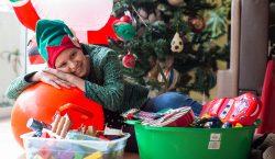 Mexicanos que llevan la Navidad a quienes más lo necesitan