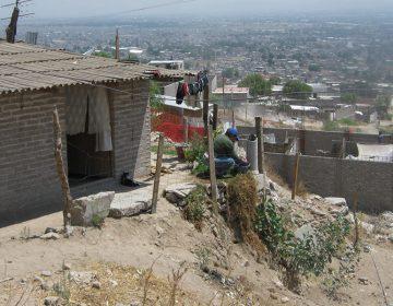 Sin servicios públicos, más de 400 mil poblanos: Ibero