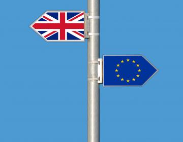 ¿El Brexit pende de un hilo? May decide aplazar votación por falta de mayoría en parlamento