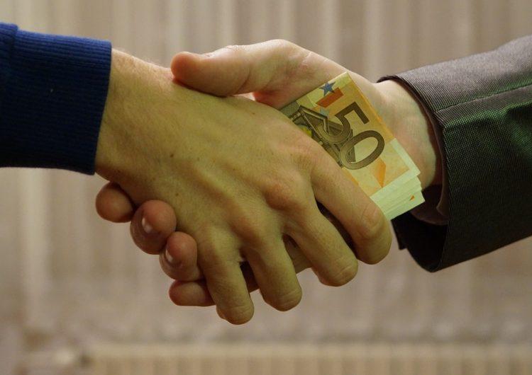 """Cinco de cada 10 potosinos perciben que la corrupción es """"muy frecuente"""" en la entidad"""