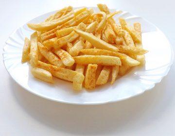 Seis papas fritas son la porción para una comida sana, según profesor de Harvard