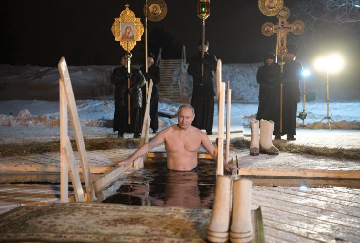 El calendario de Vladimir Putin es un gran éxito en Japón y supera en ventas a los de otros famosos
