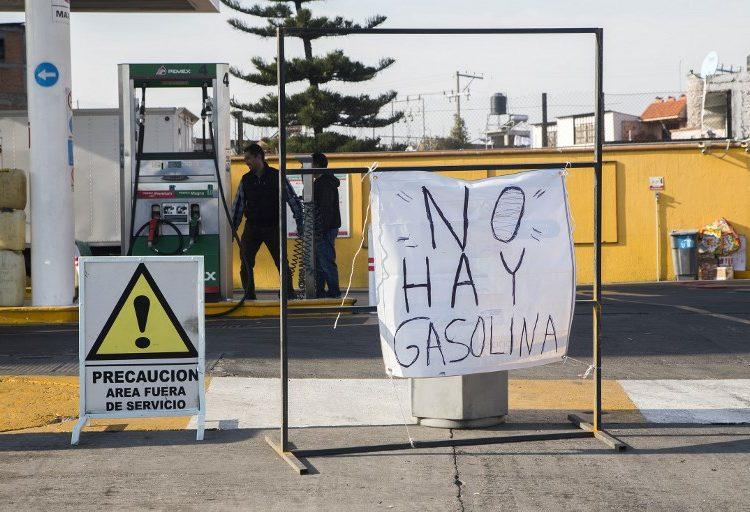 En fotos: El desabasto de combustible en México causa largas filas en CDMX y estados