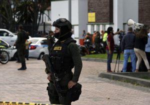 Coche bomba siembra luto en academia policial en Bogotá: diez muertos y 65 heridos