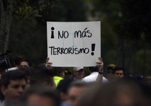 """Guerrilla del ELN se adjudica atentado en Bogotá; fue en """"legítima defensa"""", dice"""