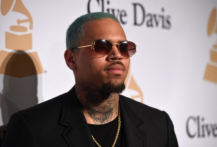 Detienen en París al rapero estadounidense Chris Brown; es acusado de violación