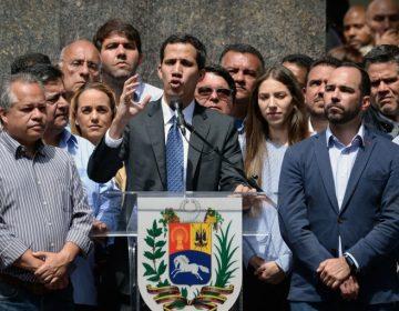 Guaidó propone amnistía a militares para lograr un cambio de poder en Venezuela