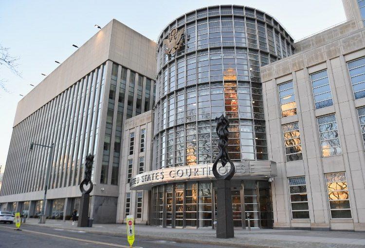Defensa del Chapo asegura al jurado que el testimonio del Mayo Zambada es falso