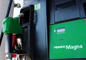 Analizan recortar vales de gasolina a diputados locales