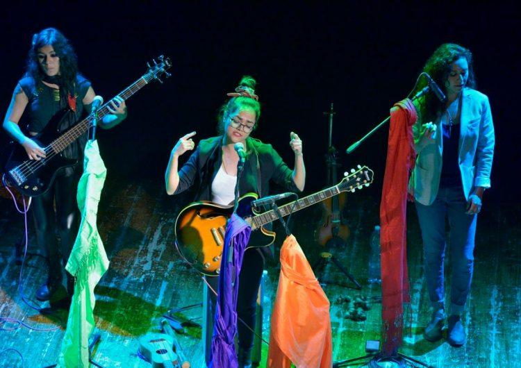 Las hidrocálidas que triunfan en Italia a través de su música