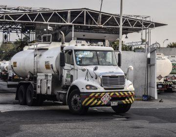 México solicita 2,000 conductores de pipas ante desabasto; ganarán 700 dólares quincenales