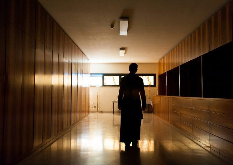 Condenan a 14 años a sacerdote de Pensilvania por pedofilia; es el segundo condenado por el mismo delito
