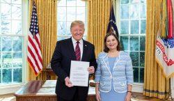 Nueva embajadora de México se presenta ante Trump; asegura que…