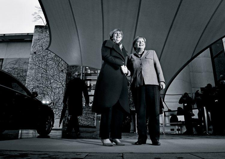 May y Merkel: unidas ante el precipicio del populismo