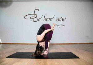 Yoga para colorear la existencia