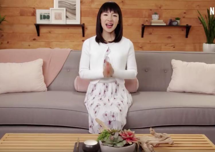 ¡A ordenar con Marie Kondo! en Netflix: el método para doblar, organizar cajas y agradecer a tu ropa