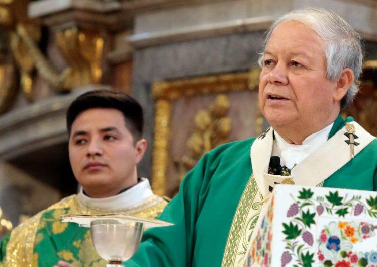 Víctor sanchez espinosa arzobispo puebla