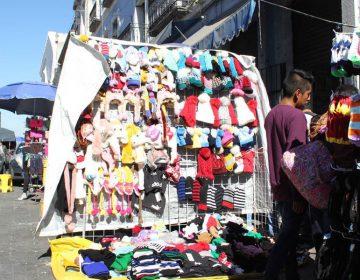 Maquiladores exigen frenar el ambulantaje en Puebla