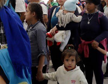 Detectan brote de varicela en niños de Caravana Migrante a su paso por Puebla