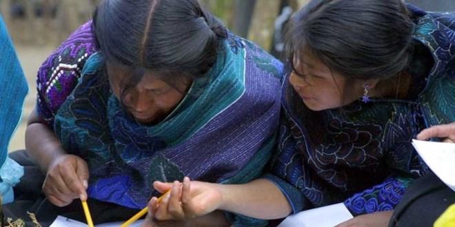 Habrá más universidades y dinero para educación en Hidalgo