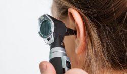 Extraña condición auditiva hace que una mujer no pueda escuchar voces masculinas