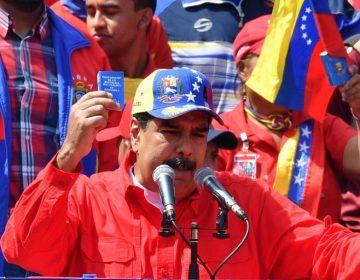Maduro adelantará elecciones parlamentarias para este año
