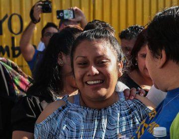 Liberan a mujer sentenciada a 30 años de cárcel por parir a su bebé muerto en El Salvador