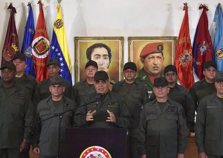 En alerta y leales a Maduro: militares advierten que no permitirán el ingreso de ayuda humanitaria