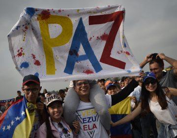 La música a favor de Maduro y Guaidó suena en la frontera de Venezuela
