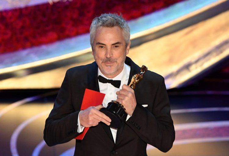 """Cuarón es galardonado con el Óscar a Mejor Director y """"Roma"""" es la Mejor Película Extranjera"""