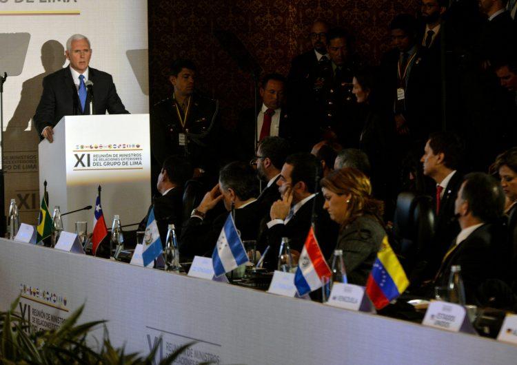 No puede haber espectadores en la crisis de Venezuela: Pence pide a México y Uruguay reconocer a Guaidó