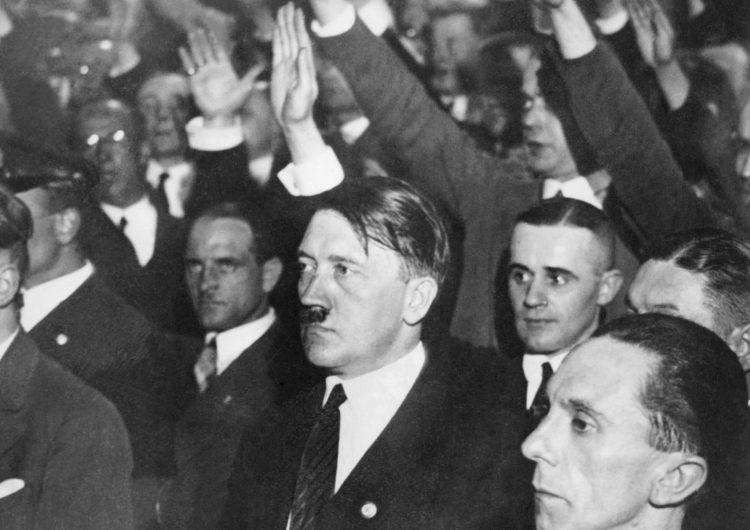 De 130 a 45 mil euros: Subastarán obras adjudicadas a Hitler en Alemania