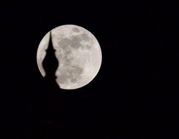 Qué es el perigeo y por qué causa superlunas
