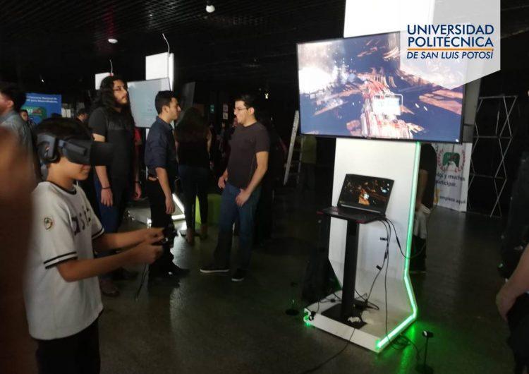 """Universitarios de la UPSLP reciben premio al """"Mejor Juego Cultural-Educativo"""""""