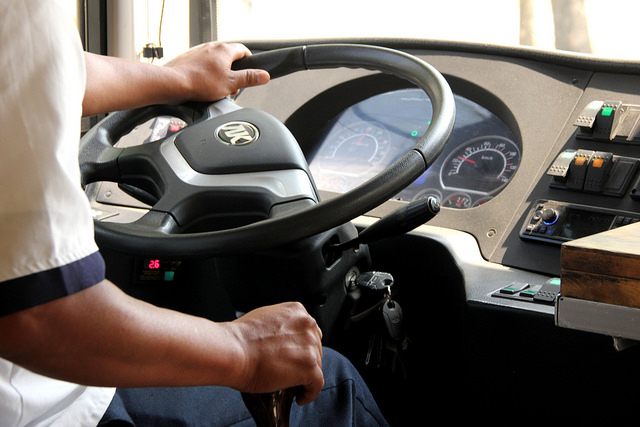 Retomarán propuesta de turnos dobles para choferes de camiones en el Congreso