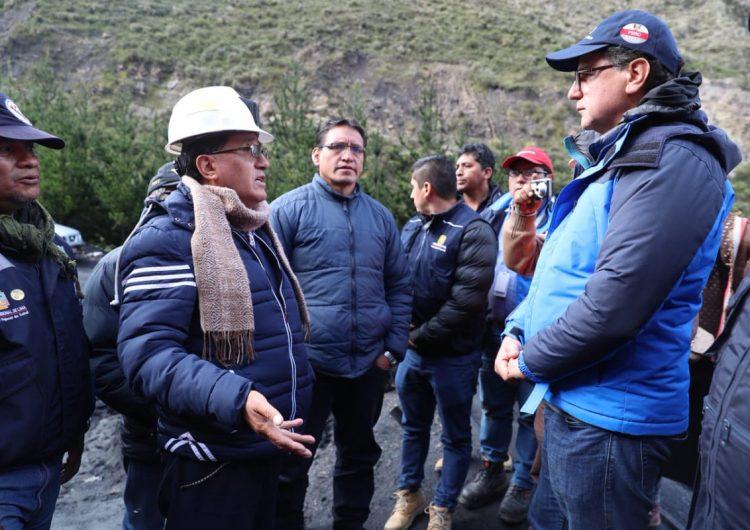 Realizan labores de rescate para hallar a cuatro mineros atrapados en Perú