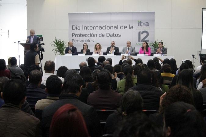 Realiza ITEA foro sobre datos personales a sujetos obligados