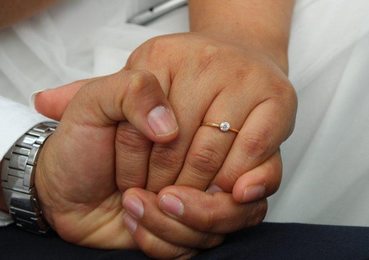 Oaxaca celebra el amor con matrimonios igualitarios