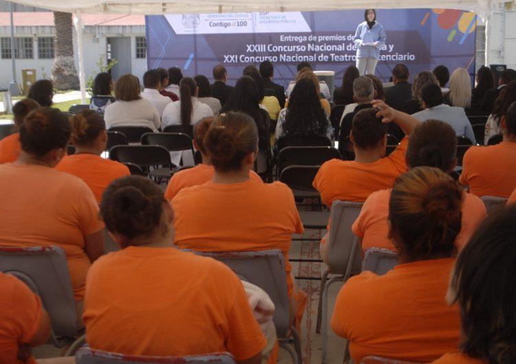 Logran internas del CERESO femenil de Aguascalientes premios nacionales en poesía y teatro