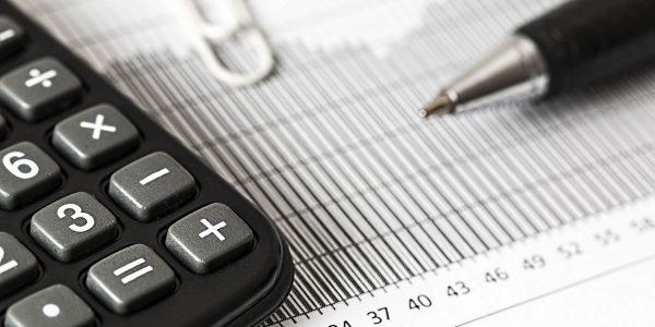 Por informalidad y costumbre, empresas pierden créditos y beneficios fiscales
