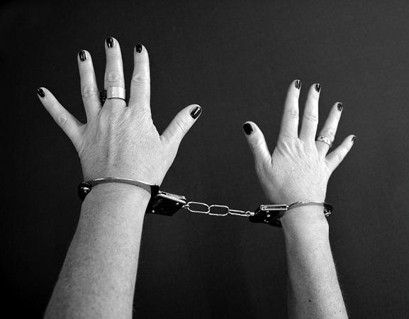 Piden que ex procurador deje su cargo mientras concluye investigación por caso de tortura