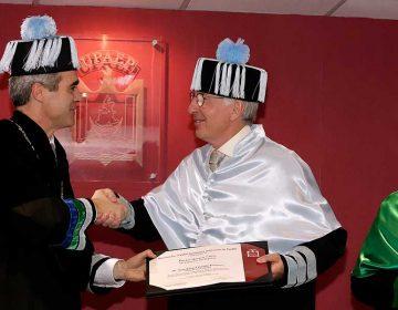 Upaep otorga Doctorado Honoris Causa al investigador Rafael Vicuña Errázuriz