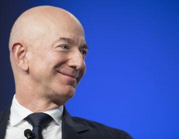 Jeff Bezos encabeza la lista de los más ricos de Forbes; Kylie Jenner es la multimillonaria más joven