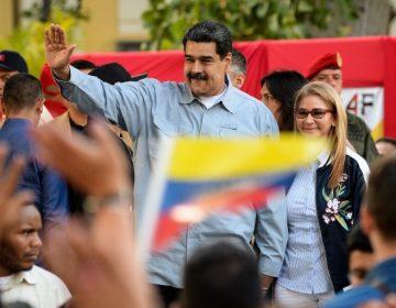 EU sancionará a bancos que den financiamiento a Venezuela y cancelará 77 visas a allegados a Maduro