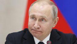 Putin firma leyes para castigar a quienes difundan noticias falsas…
