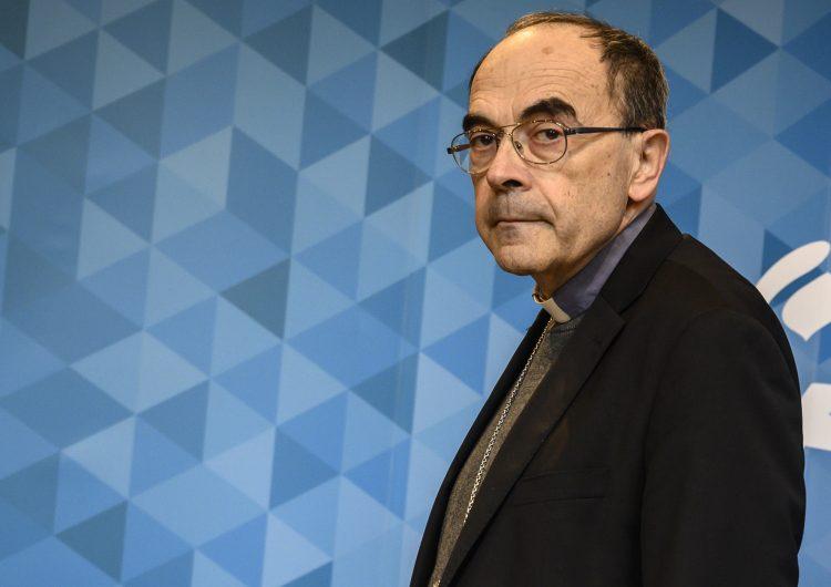 Condenan a prisión a cardenal por encubrir abusos sexuales en su diócesis