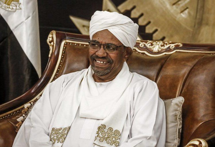 Sudán: Nueve mujeres son condenadas a la flagelación por manifestarse contra el presidente